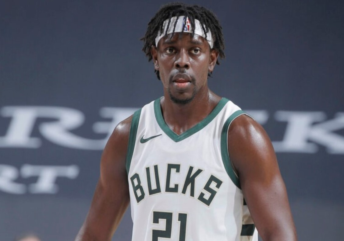 朱-霍勒迪赢得 2020-21 赛季 NBA体育道德风尚奖
