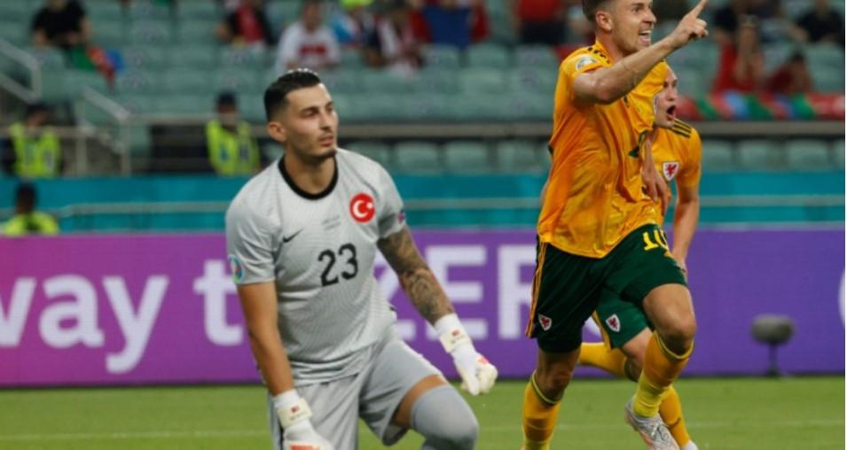 威尔士通过击败土耳其的胜利超前迈向了一大步