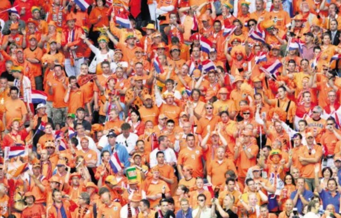 荷兰在刺激的一场比赛中击败了乌克兰