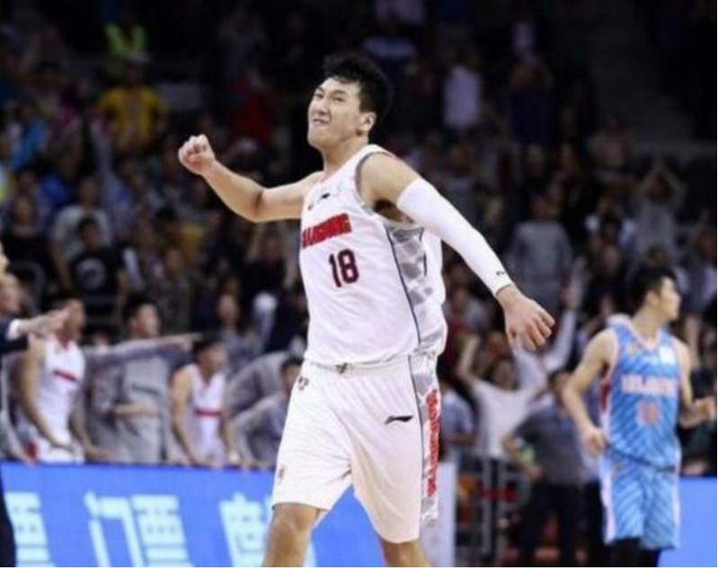 广东99年小将被小看,他三分命中率联盟第一,未来可进国家队!