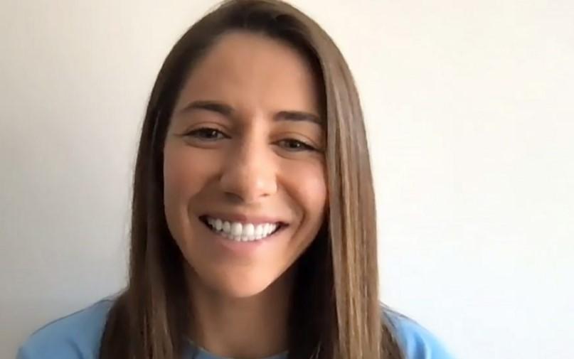 与曼城的新签约使维姬·洛萨达重返女子超级联赛
