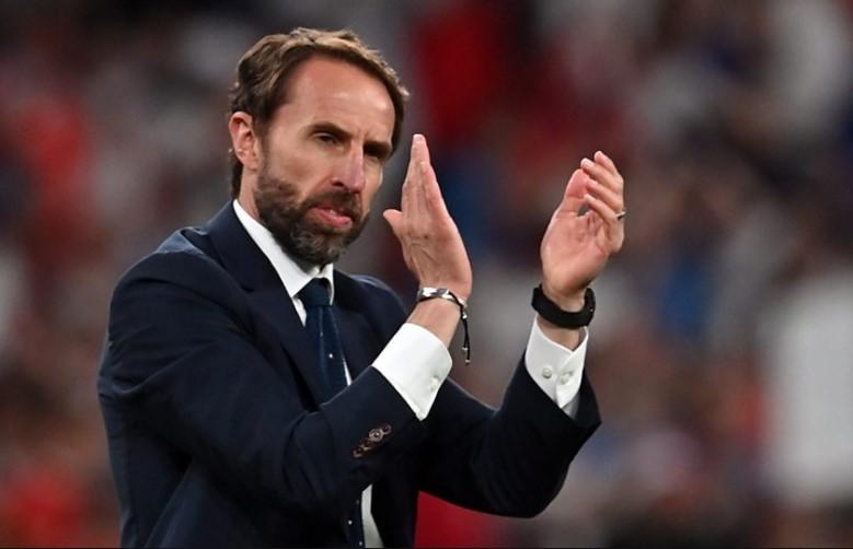 """英格兰在 2020 年欧洲杯决赛中:""""英格兰靠运气,但索斯盖特抓住了民众情绪"""""""