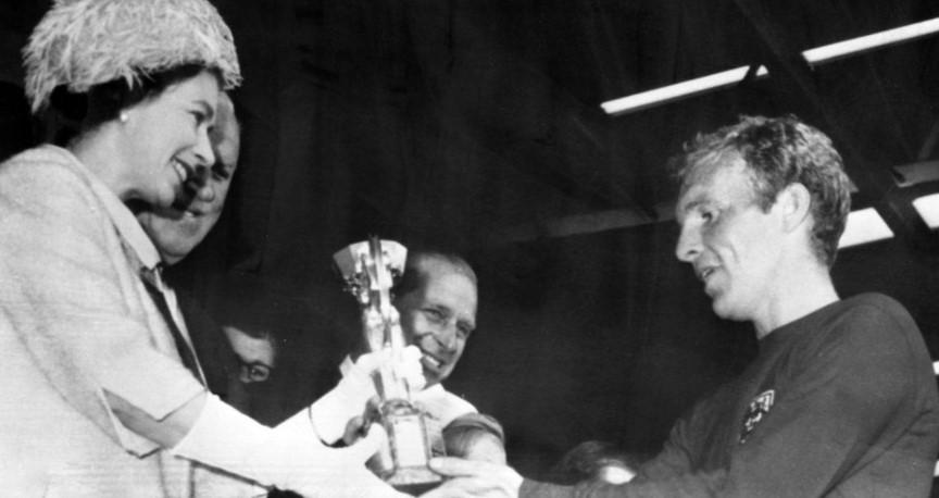 女王和鲍里斯·约翰逊希望英格兰在2020 年欧洲杯决赛中取得好成绩
