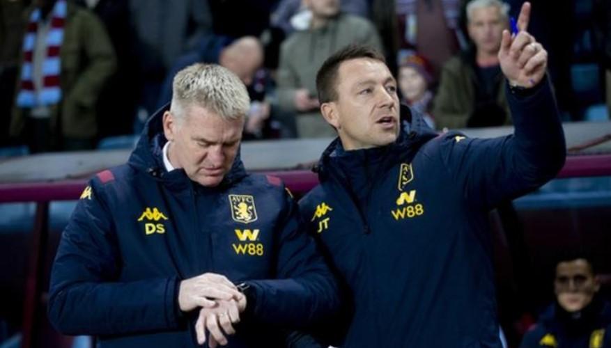 阿斯顿维拉主教练助理约翰.特里辞去了职位去追求成为经理的梦想