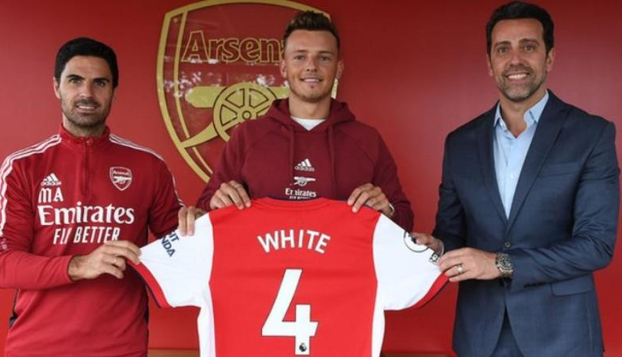 阿森纳以5000万英镑的价格从布莱顿签下英格兰后卫本.怀特