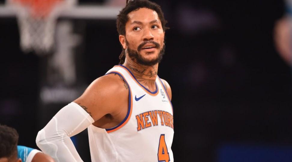 纽约尼克斯队重新签下德里克·罗斯与埃文·富尼耶一起