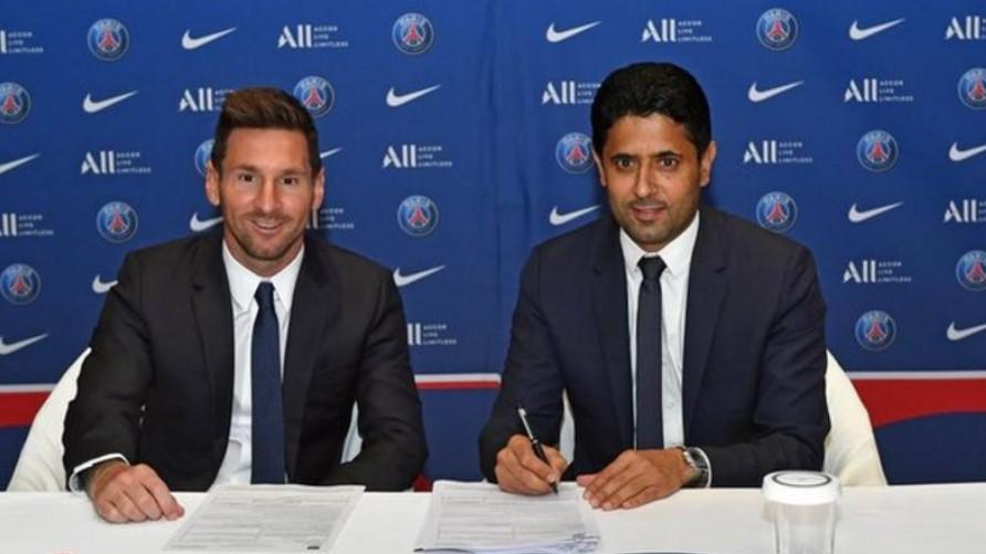 利昂内尔·梅西在离开巴塞罗那后与巴黎圣日耳曼签订了为期两年的合同