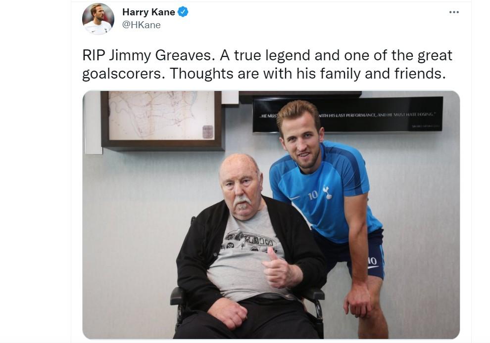 足球界的传奇前锋吉米·格雷夫斯去世