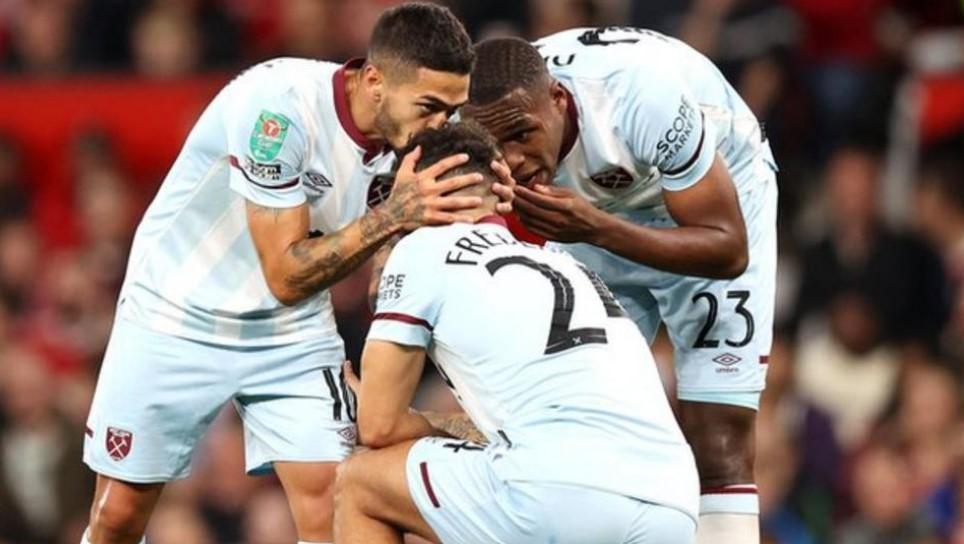 西汉姆队击败了曼联以闯入英格兰联赛杯第四轮