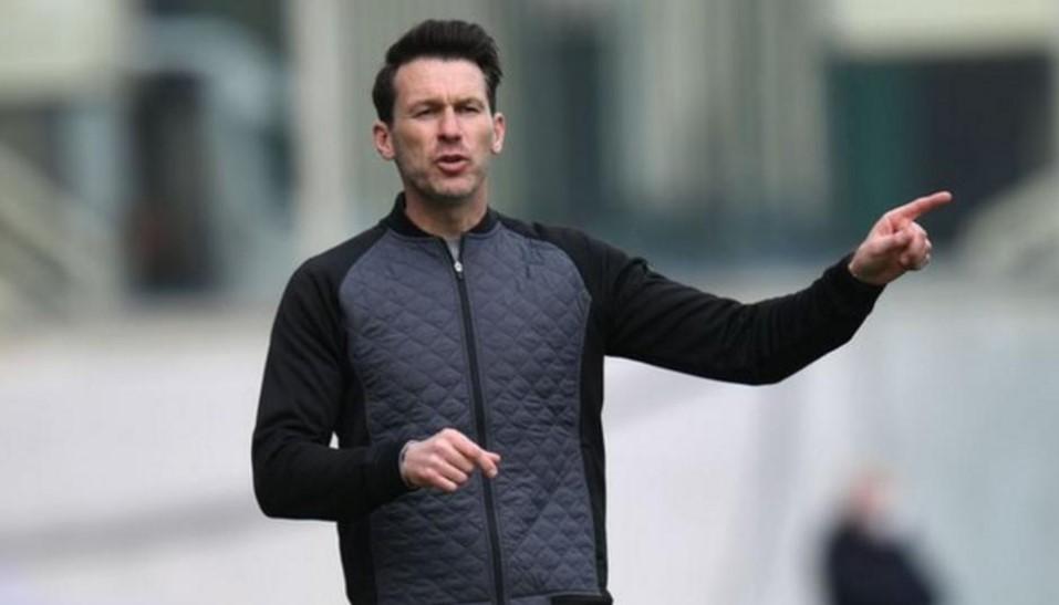 曼城女子队主教练表示队伍在前五场比赛面对的困难要比整个赛季多