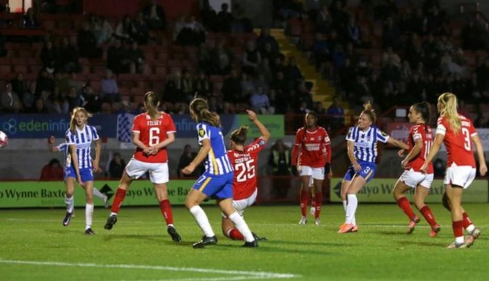 布莱顿自 1975-76 赛季以来首次闯入女足足总杯半决赛