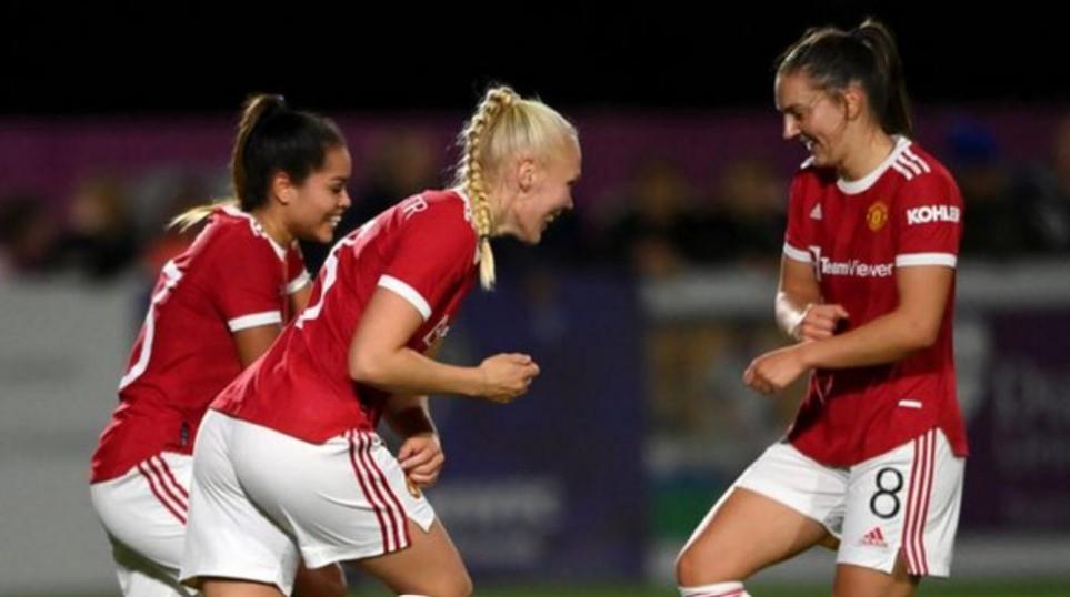 曼联以点球大战在英格兰足球总会女子超级联赛杯战胜了达勒姆