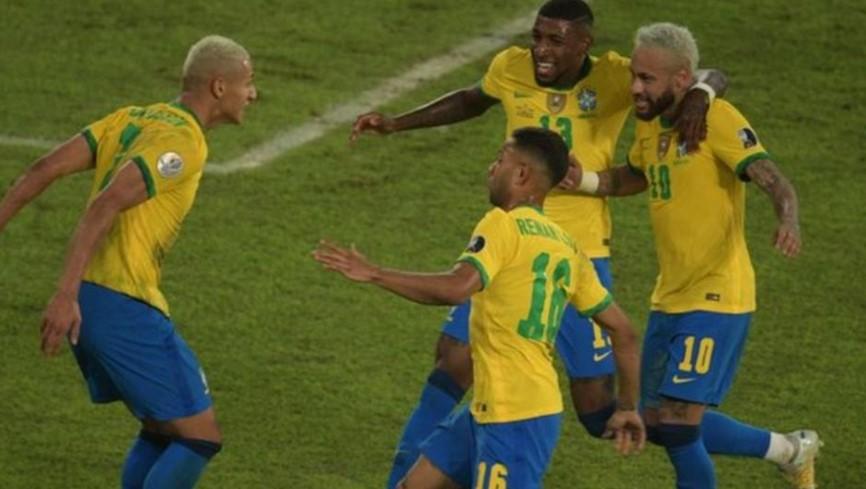内马尔与亚历克斯桑德罗的进球使巴西队继续在美洲杯闯