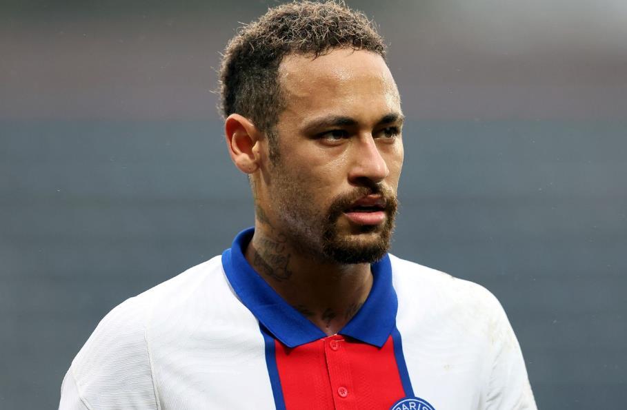 巴黎圣日耳曼前锋在对阵巴塞罗那的欧冠联赛最后16次第二回合比赛中被排除在外