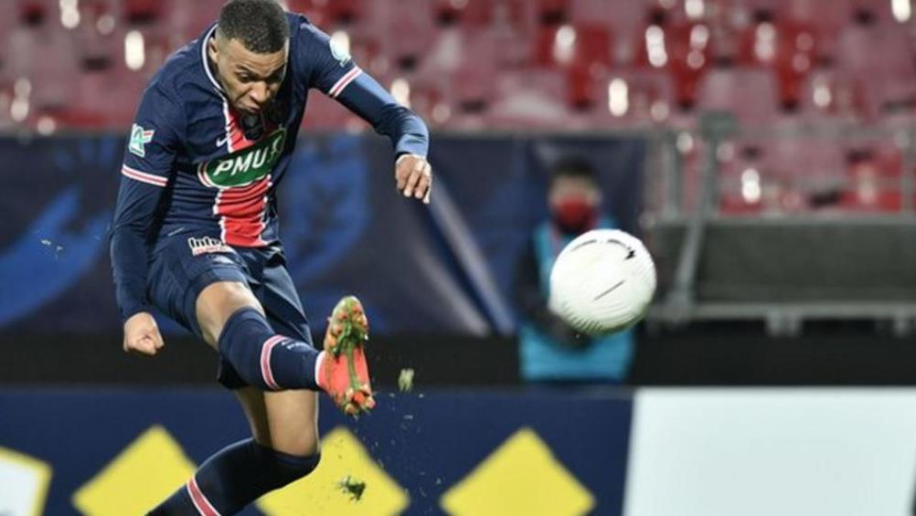 巴黎圣日耳曼队冲进了法国杯最后16强比赛