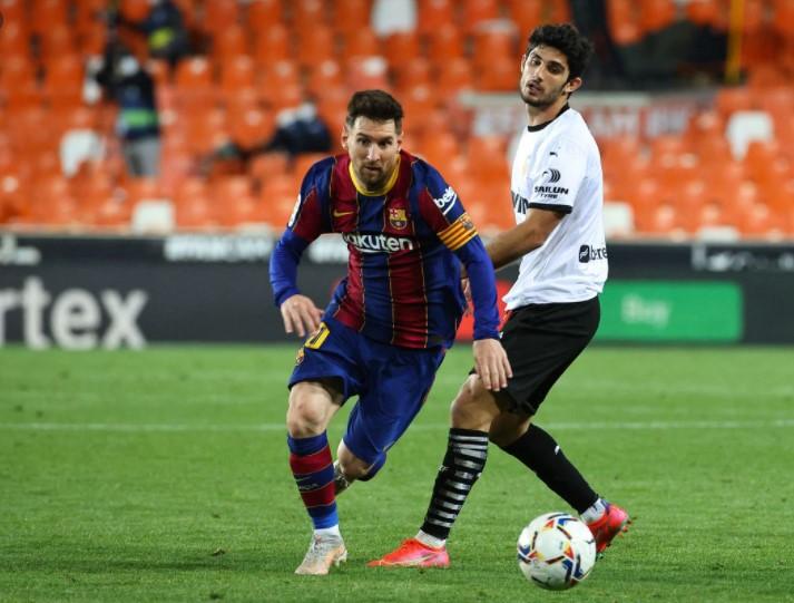 梅西的进球使巴塞罗那获得了胜利