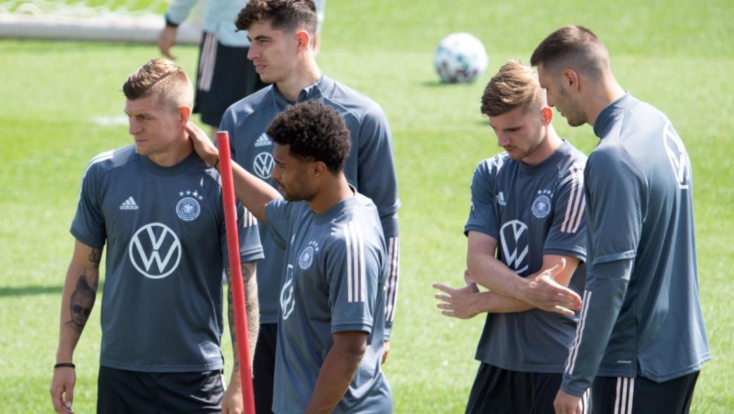 德国队在过去16年对阵英格兰之前被禁止在温布利训练