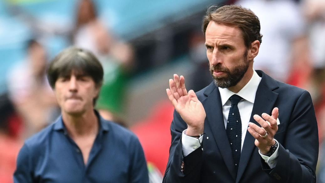 德国队没有晋级8强后,应该做出改变了