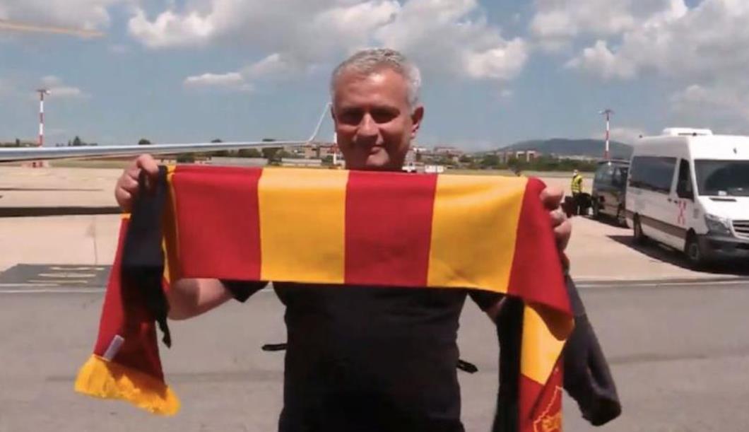 穆里尼奥加盟罗马,球迷们彻底疯狂
