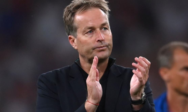 尤尔曼德在欧洲杯半决赛中对斯特林的点球表示不满