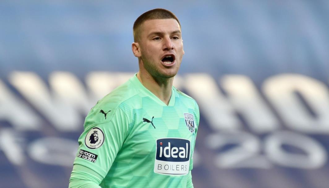西汉姆联以 600 万英镑的价格收购门将但被西布朗拒绝