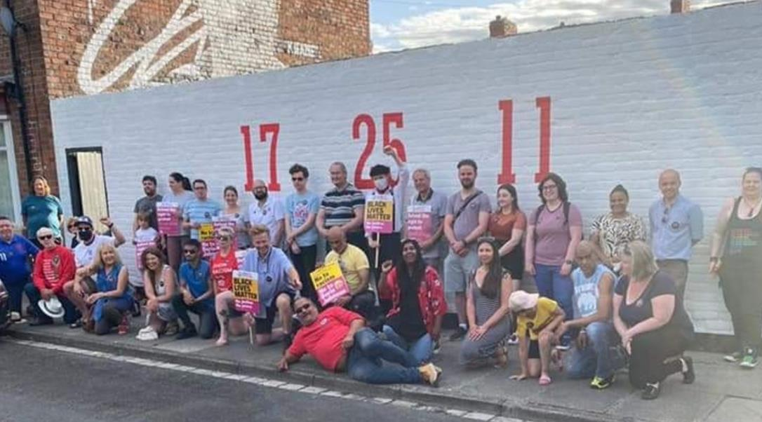 为支持拉什福德、桑乔和萨卡而绘制的英格兰壁画在达灵顿被污损