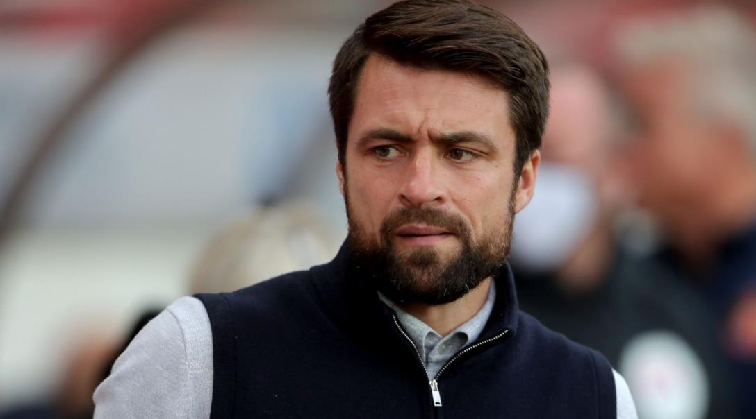 斯旺西任命鲁塞尔~马丁为新任主教练