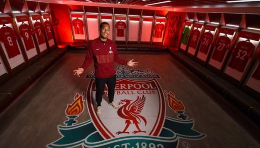 利物浦后卫维吉尔·范戴克与他续约至 2025 年