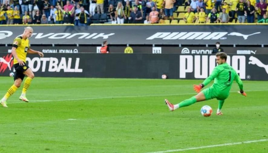 哈兰德在德甲揭幕战中进了两个球