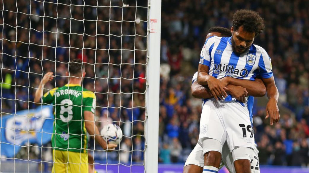范登贝尔格的乌龙球为哈德斯菲尔德赢得了胜利