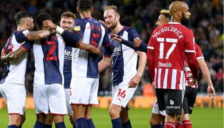 西布朗击败了谢菲尔德联以登上英格兰足球冠军联赛的榜首