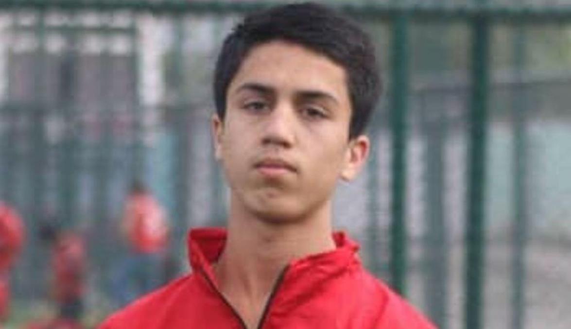 国家青年队足球运动员扎基~安瓦里坠机身亡