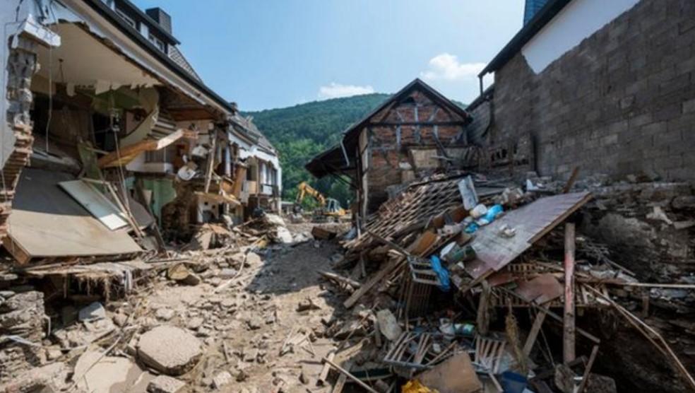 """""""人们仍然无家可归,我想提供帮助""""-切尔西中场凯.哈弗茨对德国受到洪水的影响而表示"""