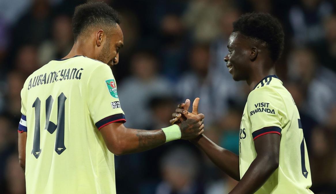 奥巴梅扬上演帽子戏法,阿森纳晋级联赛杯第三轮