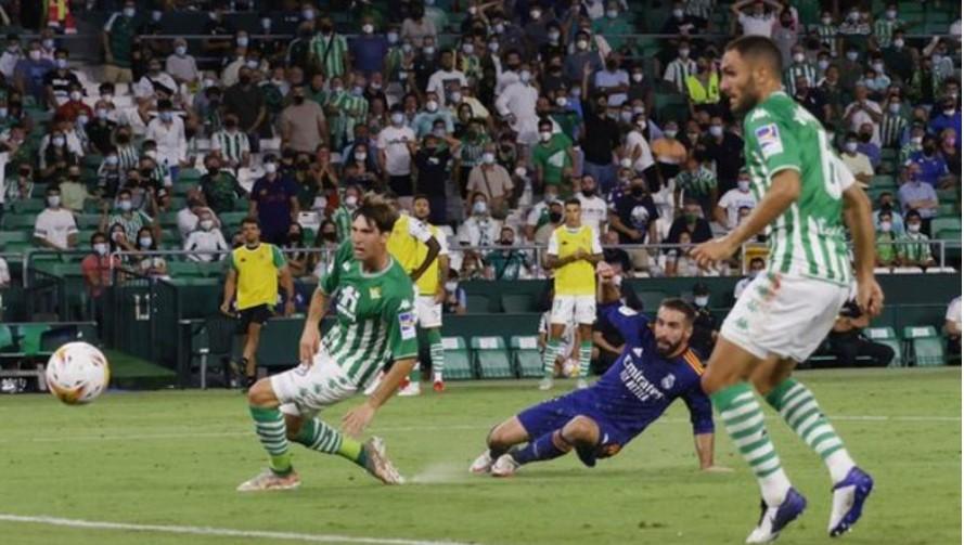 皇家马德里以微弱的胜利赢得了比赛