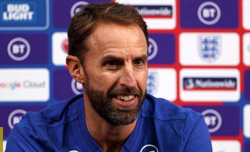 英格兰主教练表示队伍必须为新的旅程做好准备