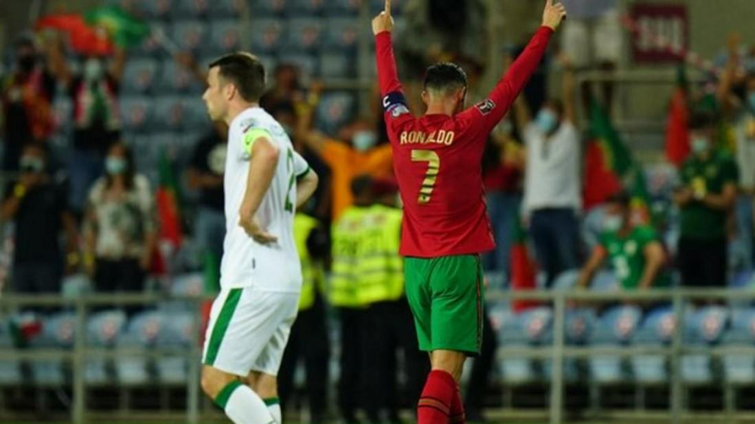 曼联前锋克里斯蒂亚诺·罗纳尔多将在曼联穿七号
