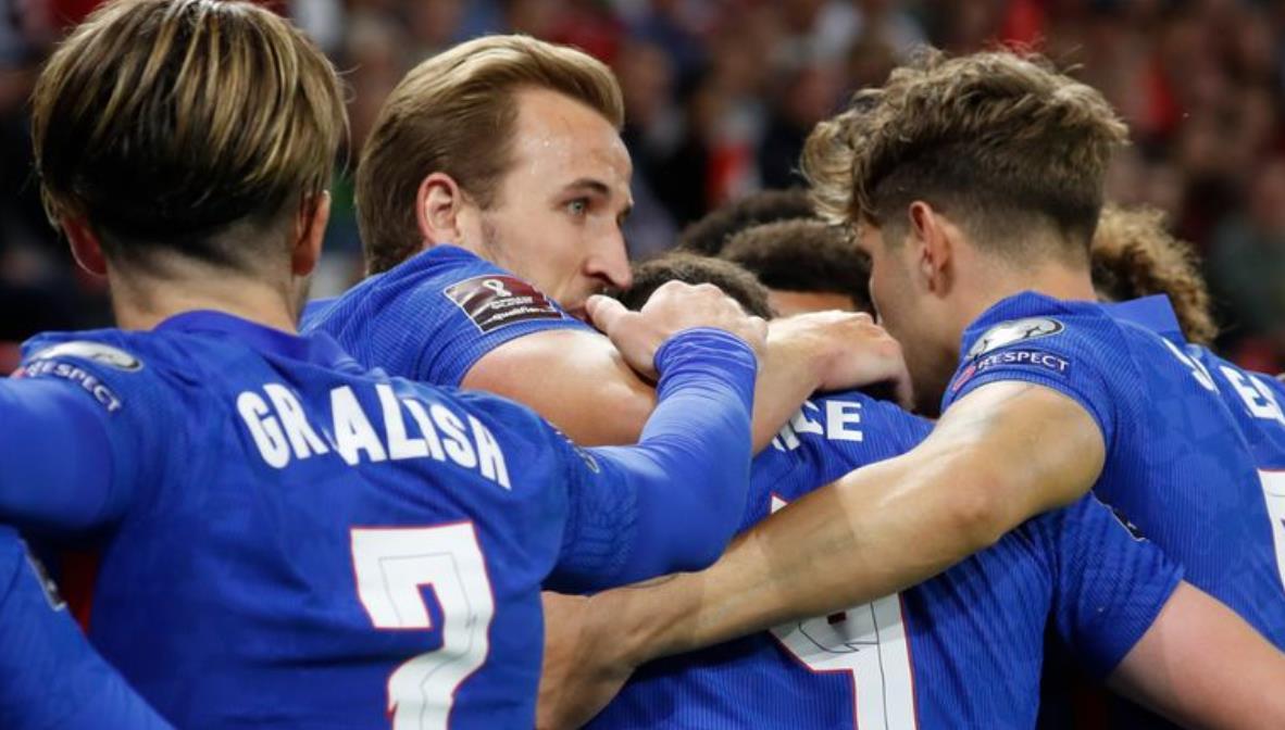 索斯盖特的球队在布达佩斯大胜后完全控制了第一组