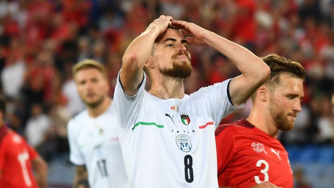 尽管约尔金霍罚失点球,意大利仍保持不败战绩