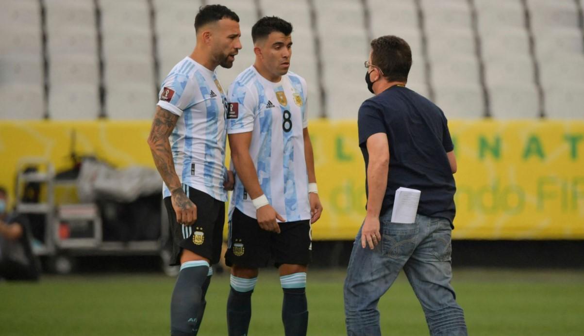 卫生官员因疫情规则而连续进入球场后,世界杯预选赛暂停