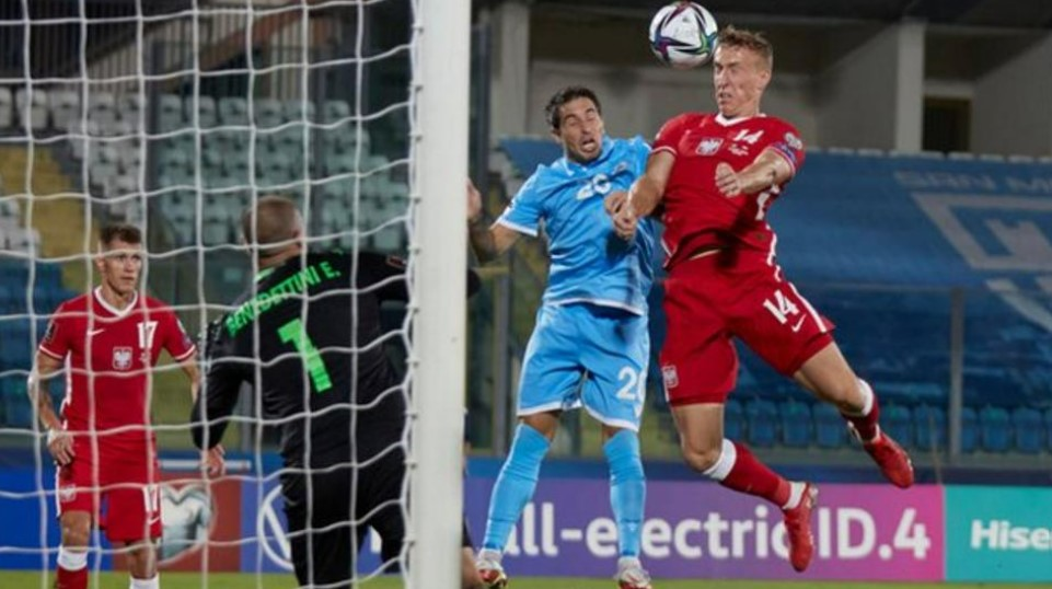 替补布克萨在波兰队战胜圣马力诺队的比赛中大抢风头