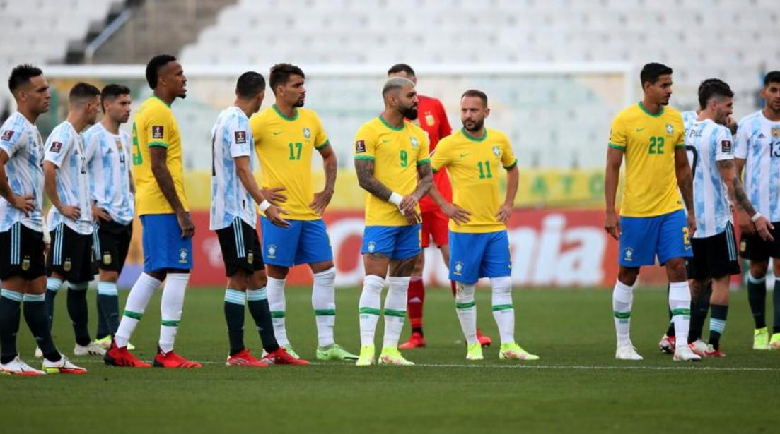 国际足联分析巴西对阿根廷比赛的报道