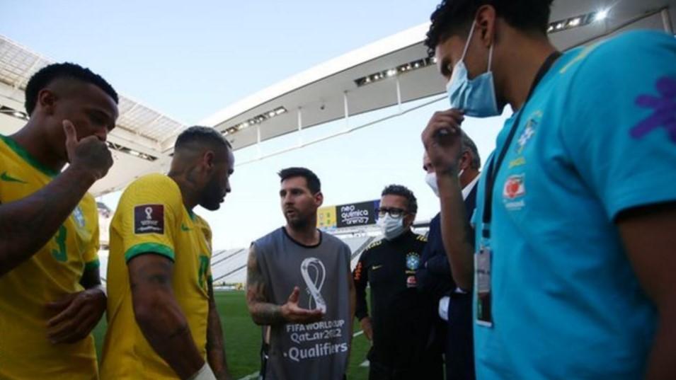 巴西对阵阿根廷的比赛为何杯暂停