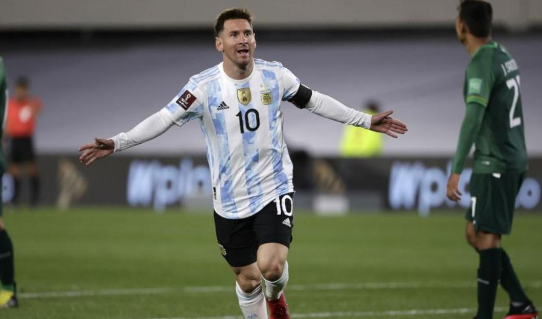 阿根廷获胜,梅西上演帽子戏法超越贝利