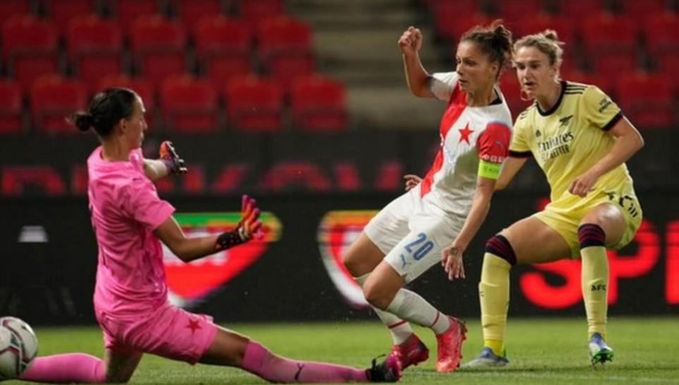 阿森纳女子队闯入欧冠联赛小组赛阶段