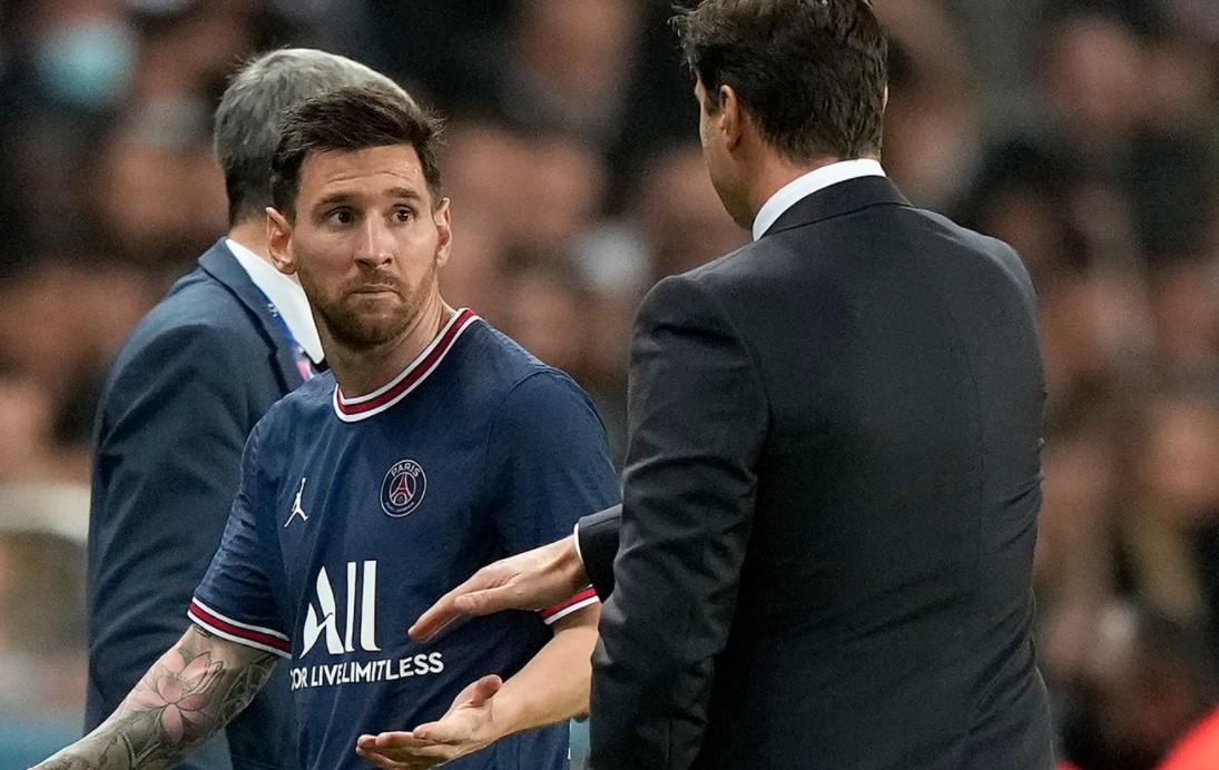 巴黎圣日耳曼前锋左膝受伤