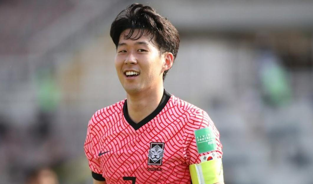 孙,黄喜灿入选韩国世界杯预选赛预