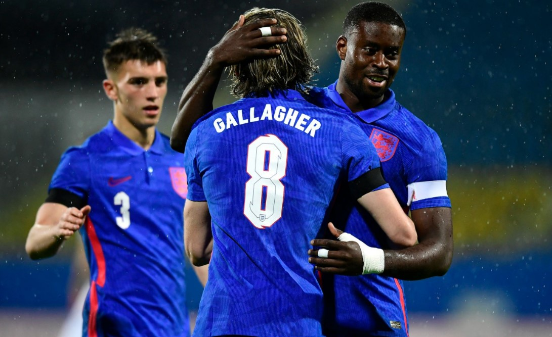 英格兰U21在 2023 年欧洲杯预选赛中浪费了两球领先优势