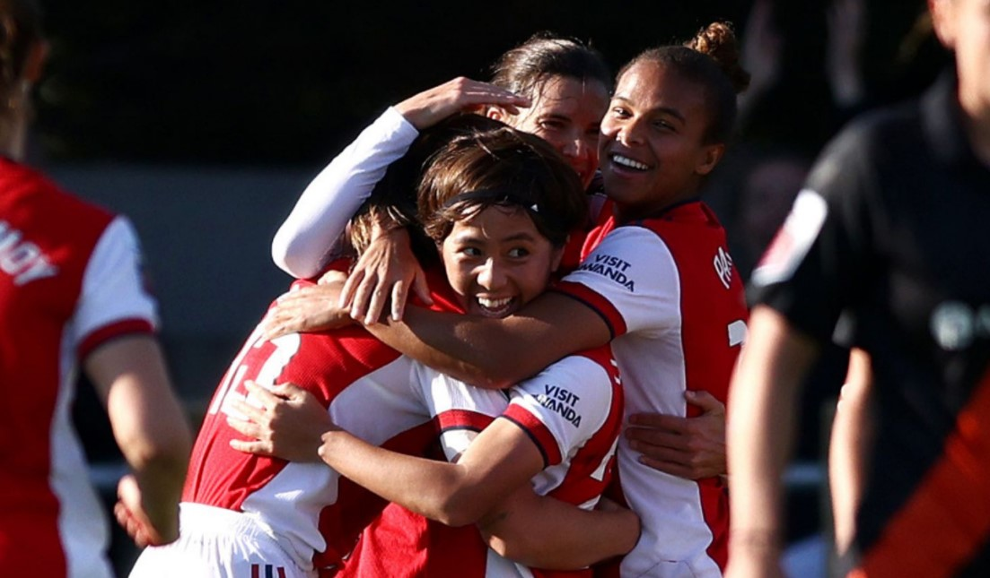 阿森纳女足以3比0的比分击败了埃弗顿女足