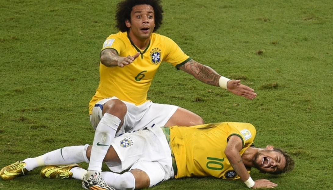 内马尔谈2014年世界杯伤病表示那是他职业生涯最糟糕的时刻之一